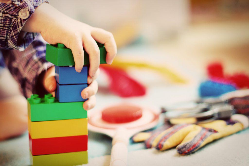Elternbeirat erwirtschaftet gut 650€ mit Kuchenverkauf beim ZipZap-Spielzeugbasar